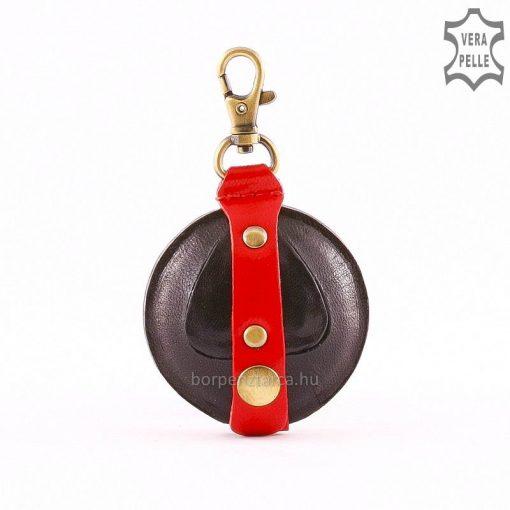 A bőr aprópénztartó fekete-piros színben is rendelhető, unisex kivitelezésű, eredeti bőrből készült kiegészítő.