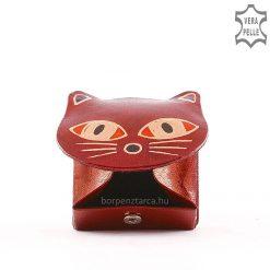Valódi bőr felhasználásával készült cicafej formájú gyerek bőr pénztárca kézzel festett külsővel, piros és barna színösszeállításban.