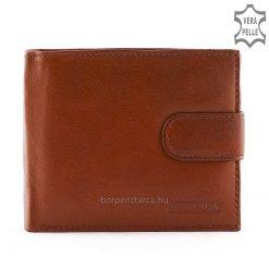 Klasszikus és ideális kialakítású férfi bőr pénztárca minőségi, puha tapintású, barna színű, valódi bőr felhasználásával készült.