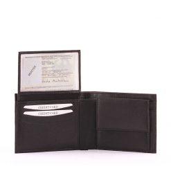 Minőségi bőrből, klasszikus fekete színben készült S Belmonte márkacsaládba tartozó kiváló minőségű bőr férfi pénztárca modell.
