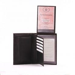 Minőségi igazi bőrből készült márkás S Belmonte irattartó bőr pénztárca a kiváló tervezésnek hála praktikus megoldásokkal rendelkezik.