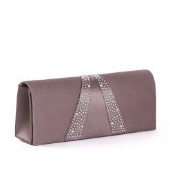 Elegáns és egyben divatos szatén borítású Sylvia Belmonte márkás női alkalmi táska. Egyedi megjelenés, klasszikus színek nagy választékban.