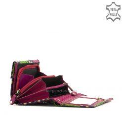 Ez az egyedi mintás, kézzel festett, kis méretű bőr női pénztárca, minőségi bőrből készült pink színben S. Belmonte márkás modellünk.