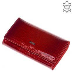 Díszdobozban forgalmazott, igazán fényes, piros croco mintás lakk bőrbőlkészültexkluzív női bőr pénztárca, fedelén igényes fém logóval.