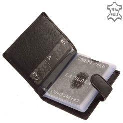 Minőségi marhabőrből és munkaminőségben gyártva készült álló kialakítású, praktikus bőr kártyatartó. Külső átkapcsolóval rendelkezik.
