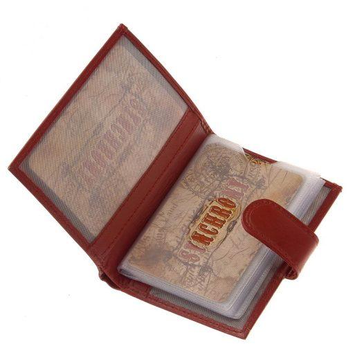 Minőségi bőrbőlkészültSynchrony márkás exkluzív bőr kártyatartó, mely álló kialakítású igazán elegáns megjelenésű modellünk.