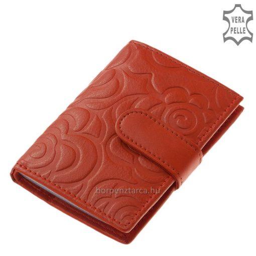 Női bőr kártyatartó divatos színekben elérhető rózsás benyomattal, ehhez a kártyatartóhoz kínálatunkban kapható hasonló női bőr pénztárca is.