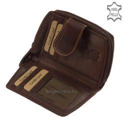 Ez a természetes barna színű női bőr pénztárca, a kis méretű modellek közé tartozik igényes munkával készült, valódi bőr felhasználásával.