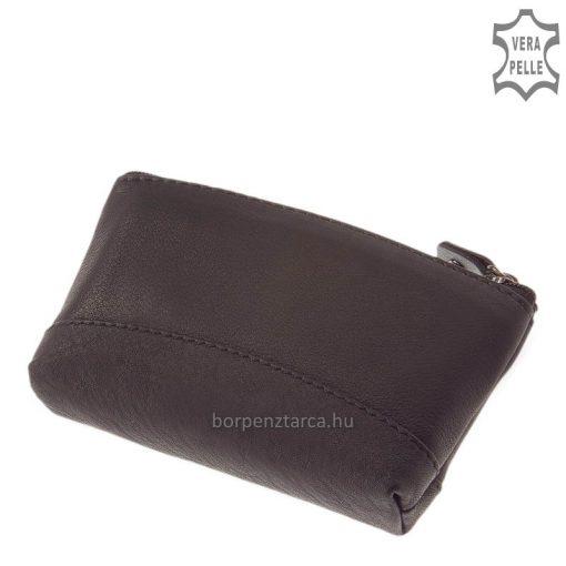 Különleges formájú SLM márkás praktikus cipzárral zárható bőr kulcstartó, fekete színben, amely puha, valódi nappa bőrből lett elkészítve.