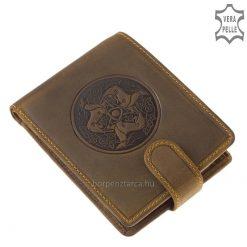 Csodálatos motívumos dizájnnal ellátott magyaros pénztárca, mely valódi minőségi bőrből készült, naturális jellegét hangsúlyozó barna színben.