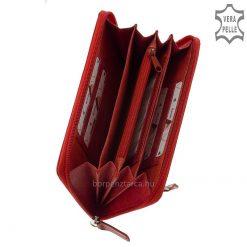 Dekoratív küllemű, kétféle egyedi bőrből legyártott nagyméretű női bőr pénztárca, fedelére stílusos Giultieri felirat került benyomásra.