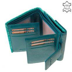 Puha és valódi nappa bőr felhasználásával készített egyedi női pénztárca, gyönyörű színekben, melynek fedelét elegáns mintás grafika díszíti.