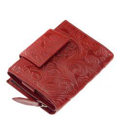 Egyedi mintás, kis méretű bőr női divat pénztárca, melynek fedelét, illetve külső részét különleges levél és virág mintázattal láttuk el.
