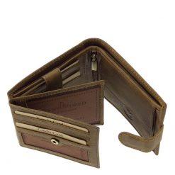 Rusztikus jellegű, minőségi valódi bőrből készült barna színű horgász mintás férfi bőr pénztárca a GreenDeed termékcsaládból.