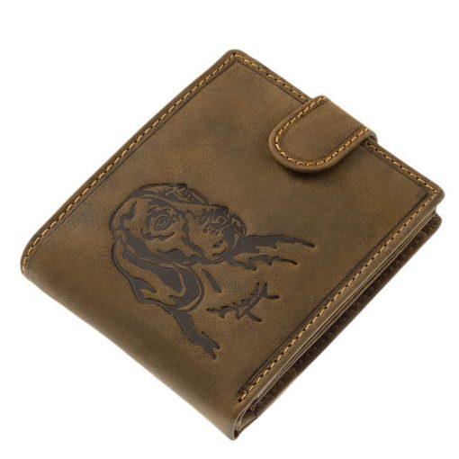 Mintás férfi pénztárca valódi, minőségi, igazán karakteres bőrből gyártott barna színű kutyás bőr pénztárca. Fedelére egy vizsla képe került.