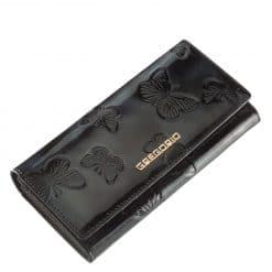 Nagy méretű GREGORIO lakk bőr női pénztárca, mely elegáns fekete színben és díszdobozos kivitelben érhető el áruházunkban.