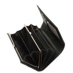 Nagy méretű PATRIZIA lakk bőr női pénztárca, mely elegáns szürke színben és díszdobozos kivitelben érhető el áruházunkban.